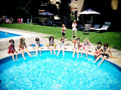 10 idee di dove organizzare la festa di compleanno all 39 aperto a roma le m cronache - Piscina bambini roma ...
